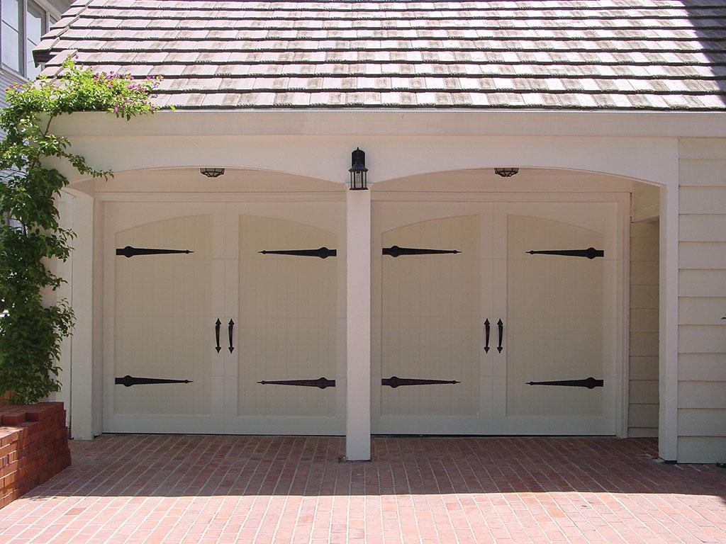 768 #8A4541 Doors By Design   image Amarr Custom Garage Doors 37531024