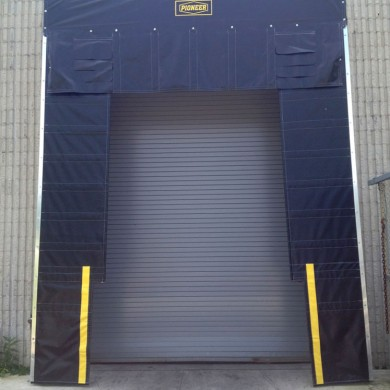 Rolling Steel Door w. Dock Shelter