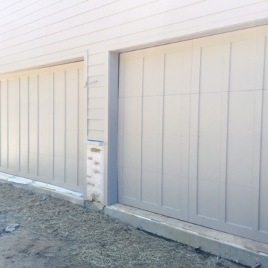 Closed Top Carriage Doors | Chestnut Hill